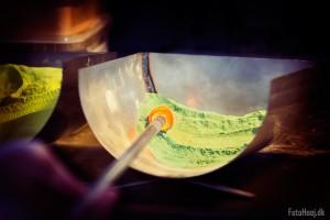 glaspusteri farvning
